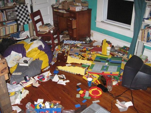 Lego_mess.jpg