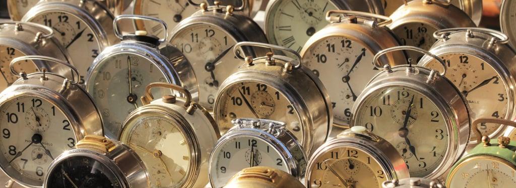 Trento-Mercatino_dei_Gaudenti-alarm_clocks.jpg