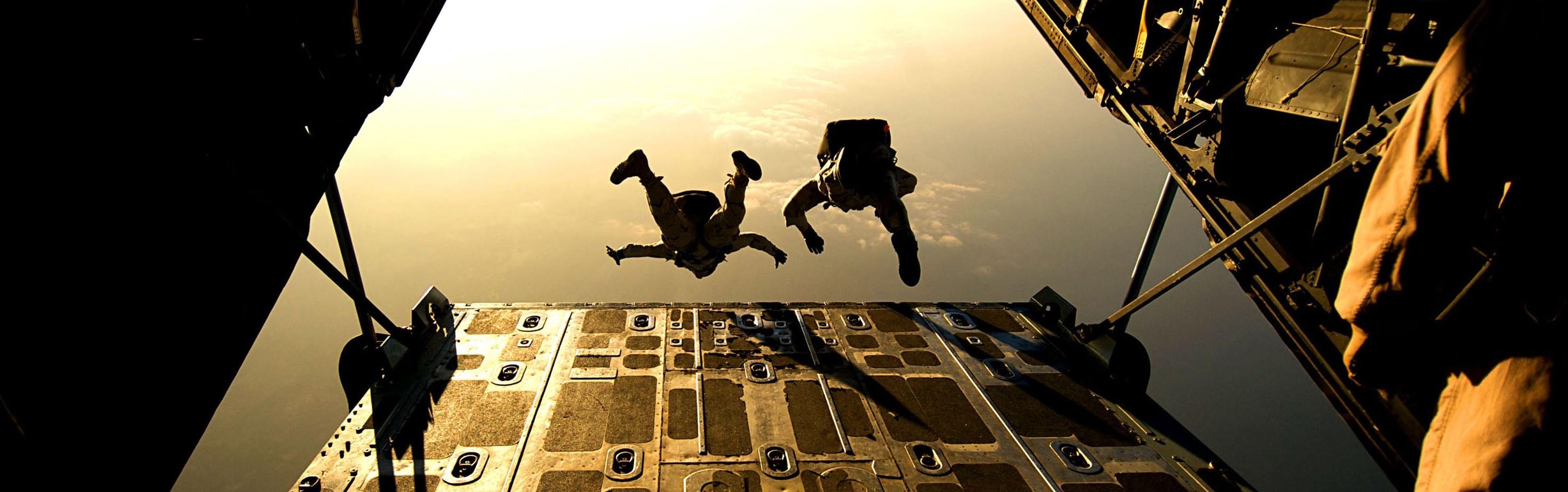 parachute-skydiving-parachuting-jumping-38447.jpeg