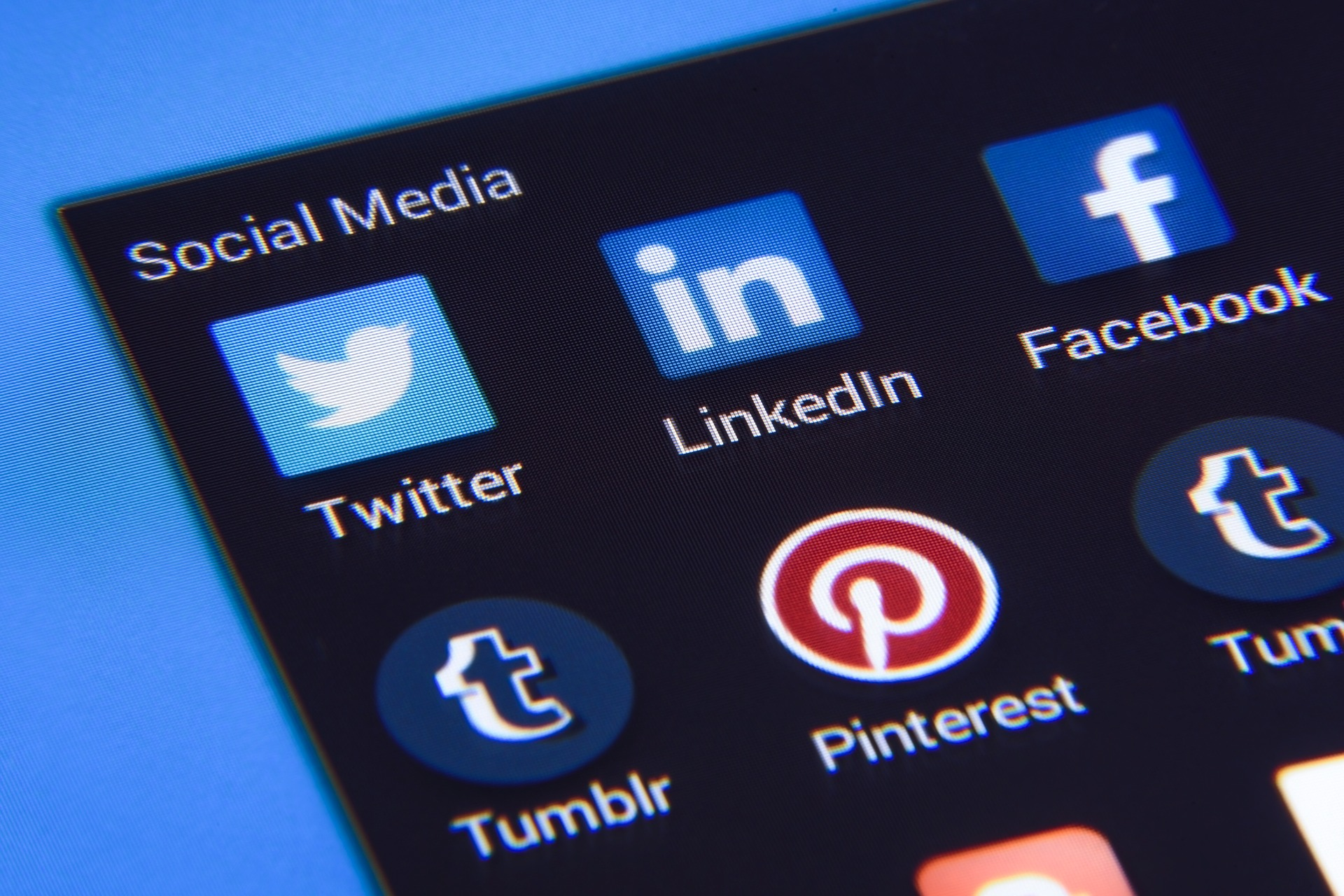 Generate B2B Leads with Social Media